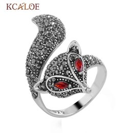 cute womens jewelry Promo Codes - KCALOE Cute Fox Finger Ring Vintage Black Crystal Rhinestone Womens Rings Jewelry Antique Silver Animal Punk Rings Anillos Mujer