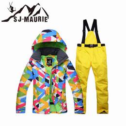2019 terno de esqui de neve de inverno SJ-Maurie Neve Suit Ski Jacket Pants Mulheres Winter Waterproof Suit Windproof Snowboard Set Brasão Outdoor Caminhadas Grosso terno de esqui de neve de inverno barato