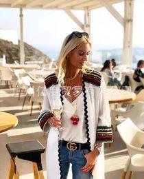 Corea femminile online-New Coat Femminile New Self-cultivation Professional Small Suit White Korea Ladies Small Incense Jacket