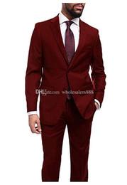 2020 homem, escuro, vermelho, paleto, casaco Custom Made Groomsmen Dark Red Noivo Smoking Notch lapela Men Suits Wedding melhor homem Noivo Blazer (Jacket + Calças + Tie) L270 homem, escuro, vermelho, paleto, casaco barato