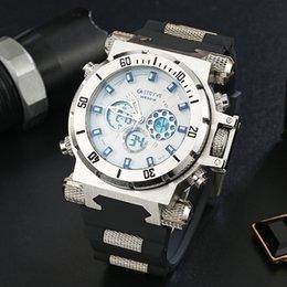 мужские наручные часы Скидка STRYVE Top Brand Мода Многофункциональный водонепроницаемый спортивные часы двухжильный Большой набор Открытый цифровой Мужчины наручные часы S8015