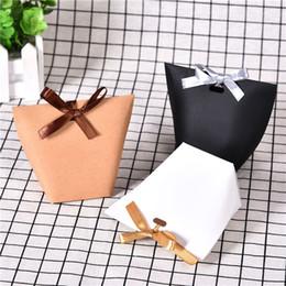 Canada Mode Kraft Papier De Bonbons De Mariage Boîtes De Gâteau De Papier Boîtes De Bonbons De Douche De Bébé Boîte De Bonbons Avec Ruban Offre