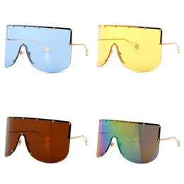Óculos azul moldura para os homens on-line-Oversized Armação De Metal Óculos De Sol Homem E Mulheres Rua Pat Sunglass Cinco Apontou Estrela Sombrinha De Óculos Vermelho Azul Amarelo Moda 18cc D1