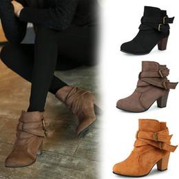 2019 bottes courtes en daim 2019 vente chaude en daim cheville bottes boucles talon Chunky quotidien élégant dames filles bout rond bottes courtes pour l'hiver automne chaussures de plein air bottes courtes en daim pas cher
