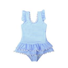 Maiô de plissado azul on-line-Bonito Crianças Maiôs Maiô One piece-Swimwear Ruffled Pétalas Guarnição Fresco Listrado Azul Rosa Atacado Exportação 2019 Boutique de Verão