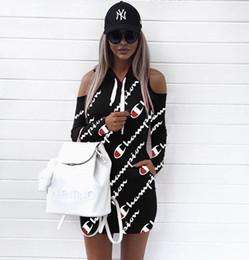 Vestido de manga longa impressão digital on-line-Moda feminina casual Digital print alça de ombro chapéu vestido de manga longa camisas esporte plus size S-3xl