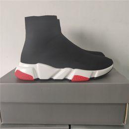 чистая кожа низкой повседневной обуви Скидка Дизайнер кроссовки Speed Trainer Черный Красный Гипсофила Тройной черный Мода плоский носок ботинок Повседневная обувь Speed Trainer Runner