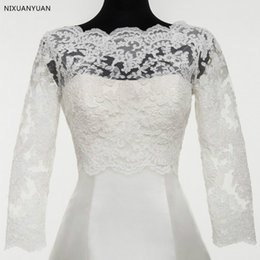 2019 Boda de encaje Bolero Chaqueta Blanco Marfil Envuelve mangas largas Boleros para la boda cubierta Ilusión Sheer cuello desde fabricantes