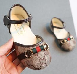 2020 diseñando zapatos chicos zapatos de cuero de los niños al aire libre perfecto cabritos del diseño de los zapatos de las zapatillas de deporte de los muchachos para las muchachas Zapatos Casual Buty Formadores niño rebajas diseñando zapatos chicos