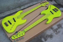 chevalet basse électrique Promotion Usine En Gros Herbe Vert 5 Cordes Guitare Basse Électrique avec Wilkinson Bridge, Or Matériel, Offre Personnalisée