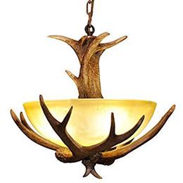 Деревенское освещение онлайн-Rustic Faux Antler 3 Lights Фойе Подвесной светильник с матовым стеклом Люстра E12 для кухни острова