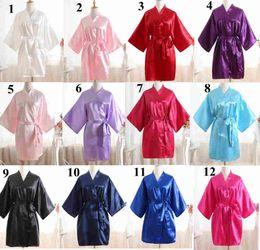 Camisolas de verão das senhoras on-line-Sólida cor pura mãe pijamas de seda camisola de verão Com Decote Em V moda sleepwear roupas casuais senhora meninas quimono roupões de banho