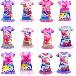 Ropa de bebé dhl online-2019 Baby Shark Dresses INS Girls Summer Cartoon Shark Dress Falda de manga corta Pijamas Baby Night Falda Ropa 100-140cm 14 colores DHL