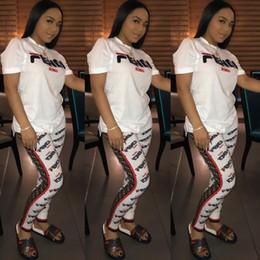 Combinaison blanche en Ligne-Lettre Imprimer Deux Pièce Pantalon Tenues Femmes Casual Blanc À Manches Courtes Col Rond Top Pantalon