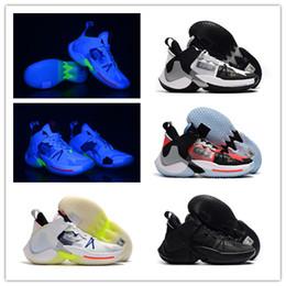 Distribuidores de descuento Ilumina Los Zapatos De