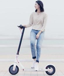 scooters électriques personnalisés Promotion 2019 Xiaomi Mi Scooter électrique Mijia M365 E Scooter intelligent Planche à roulettes Mini pliable Hoverboard Longboard adulte 30 km Batterie
