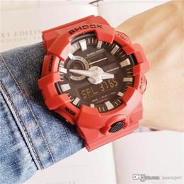 Reloj deportivo para hombre impermeable online-2018 Relojes deportivos para hombre GA700 GA710 LED Impermeable Digital Shock Men Watch Todo el trabajo del puntero con la caja envío gratis