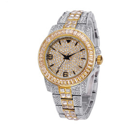 Lusso guarda la porcellana online-Luxury Designer Jewelry Women Dress Watch Strass Decorated Stainless Steel Timepiece Women Silver Dial Imported-china Girls Gold Watch