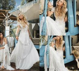 vestido de noiva de tafetá sexy fora do ombro Desconto Bohemian Vintage Beach Wedding Dresses A linha V profundo Neck Lace Appliqued mangas curtas vestidos de noiva Chiffon Sweep Trem Boho do vestido de casamento