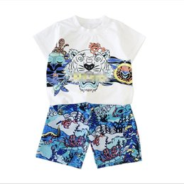 2019 vêtements unisexes nouveau-nés ensembles en gros Garçon de mode t-shirt d'impression T-shirt à manches courtes haut de gamme en coton T-shirt de sport décontracté + pantalon costume costume de sport de mode