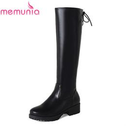 Laços de sapato redondos pretos longos on-line-MEMUNIA 2018 nova chegada joelho botas de cano alto preto redondo toe pu botas de couro com cruz amarrado rendas até sapatos de salto quadrado longo