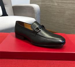 2019 sapatas da dança dos homens vermelhas 18ss 31model italiano top de couro sapatos de luxo dos homens caixa original casual sapato torneira de dança oxford branco dos homens vermelhos tamanho 38-45 com caixa sapatas da dança dos homens vermelhas barato