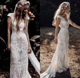 abito bianco musulmano Sconti Vintage Boemia abiti da sposa con maniche 2019 Hppie Crochet Cotton Lace Boho Paese nuziale della sirena abito da sposa