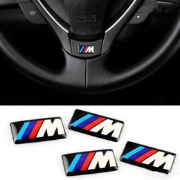 2019 envoltório de vinil com mudança de cor branca 4pcs / Lot Logo Car Stickers M Poder Desempenho Plástico Gota Para BMW M3 M5 M6 M reformado roda hub rotulagem cristal rotulagem carro de série M