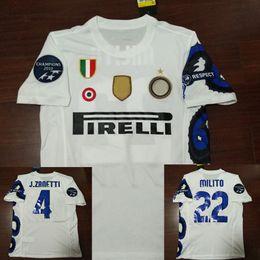 Vintage j on-line-10-11 camisa de futebol retro Sneijder Materazzi Samuel J. Zanetti Milito Eto'o Cambiasso 2010 2011 camisas de futebol Vintage camisa de futebol Maill