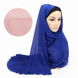 Yeni Müslüman Eşarp Kadın Buruşuk Başörtüsü Inci Şifon Şal Hazır Giyim Anında Başörtüsü İslam Giyim Wrap Türban fular cheap chiffon clothing wear women nereden şifon giyim kadın giyim tedarikçiler