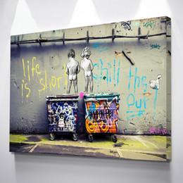 2019 stand di poster Poster Street Art graffiti Due Nudo Kid stare su tutti i poster Stampa Home Decor Modern Wall Picture sconti stand di poster