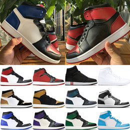 Baskets montantes dorées pour hommes en Ligne-1 Haut OG Top 3 chaussures de basket-ball Jumpman hommes d'hommes Chicago interdit baskets concepteur de pointe d'or PSG UNC formateurs US 7-12
