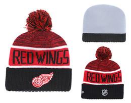 Детройтская хоккейная команда онлайн-Новый мужской Детройт Красный трикотажные манжетами Pom Шапочка шляпы полосатый боковой линии шерсти теплый хоккей команда Шапочка Cap Мужчины Женщины капот шапочки череп ч