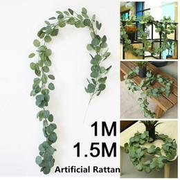 mazzo di rose rosa fiori Sconti Romantica pianta artificiale Insrattan artificiale Eucalyptus simulato 2M Decorazioni per la casa Verde Soggiorno Festivo
