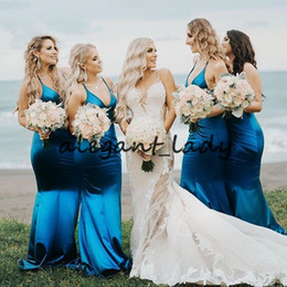 Abiti da damigella d'onore online-Teal Blue Mermaid abiti da damigella d'onore 2019 Spaghetti scollo a V sexy Tutta la lunghezza Tromba Beach Country Holiday Wedding Party Guest Dress