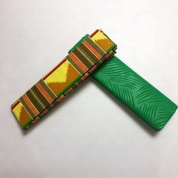 2019 vestidos de tecido estampado africano de cera Cera de poliéster verde Ankara Kente Tecido Chitenge Gana Cera para o vestido Africano Kitenge Tecido de impressão para pano em 2 + 2 metros AW30 vestidos de tecido estampado africano de cera barato