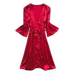 Velo veloce e asciutto online-MUQGEW Pigiama per le donne di lusso di alta qualità Satin Quick Dry Solid Rosso, nero, giallo, rosa One Size Confortevole V-Neck Modis Robe