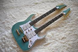 Incrustaciones de guitarra traste online-Guitarra eléctrica verde de doble cuello personalizada de fábrica con 6 + 12 cuerdas, el árbol de la vida Fret Inlay, White Pearl Pickguard, se puede personalizar