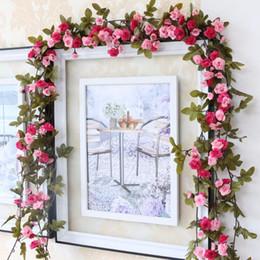 Decoração de flores de parede pendurada de seda on-line-230 cm / 91em Silk Rose Decorações De Casamento Ivy Vine Flores Artificiais Arco Decoração com Folhas Verdes Penduradas Guirlanda De Parede