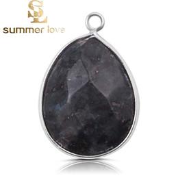 0638a259b56f Moda brillante negro Diy Crystal Birthstone cuelga los encantos para el  collar pulsera joyería cristal facetado gota de agua colgantes accesorios  Makin
