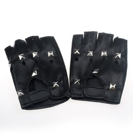 Theatrical Punk Hip-hop PU Black Half-finger Leather Gloves Square Nail new Fingerless Gloves Lady Mittens women tactical glove cheap black leather fingerless gloves women от Поставщики черные кожаные перчатки без пальцев
