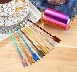Creativo freccia forma frutta forcella forcella in acciaio inox torta forchetta caffè mixer 7 colori per la casa posate da tavola MMA1919 da