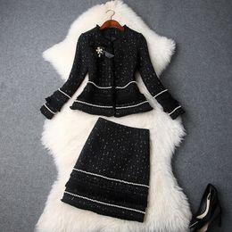Bogenjackenrock online-Fashion Herbst-Winter-Frauen neue wulstige Bow Jacke Thick Tweed-Troddel-Minirock-Anzüge Büro-Dame Zweiteilige Sets