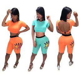Pintura de mulher sexy on-line-Mulheres Sexy Backless Designer Treino Olhos Pintura Cortar cobre camisas T + Shorts calças justas Verão Two Piece Outfit cor sólida Sportwear A52203