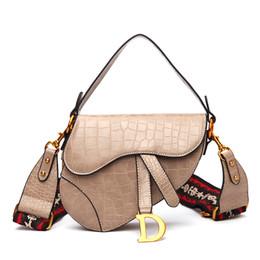 frauen europa messenger taschen Rabatt Frauen Umhängetasche Europa und den Vereinigten Staaten neue Krokoprägung Handtasche breiten Schultergurt Schulter Umhängetasche