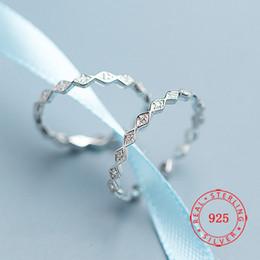 Cz 925 anillo de porcelana online-Moda ajustable anillo de la forma real 925 anillos de boda simples de plata esterlina CZ geométrico del diamante para las mujeres La joyería al por ma barato
