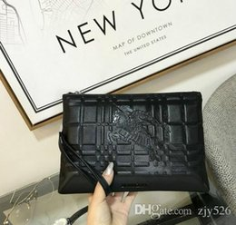 Pure Leather Clutch Bag Both Men Women Can Use High-end Atmosphere Size   26-18-2 1d13fce699e4e