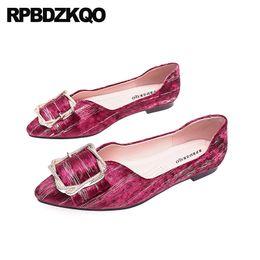 fc23b9a44 China 11 sapatilhas de balé dobrável barato preto grande tamanho  deslizamento de metal em sapatos de vinho tinto bailarina 10 designer além  de mulheres ...