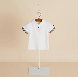 abbigliamento moda designer di marca Sconti 2019 Estate nuovi ragazzi  T-Shirt bambini risvolto plaid 4a1c04622e2