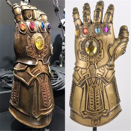 Guanti supereroi online-Thanos Infinity Gauntlet Avengers Infinity War Guanti Cosplay supereroi Avengers Thanos lattice Guanto Halloween Party Props Deluxe